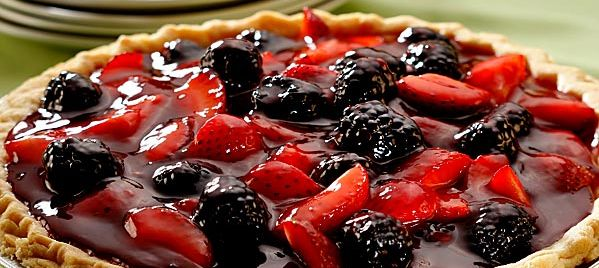 Boysenberry Strawberry Glazed Pie